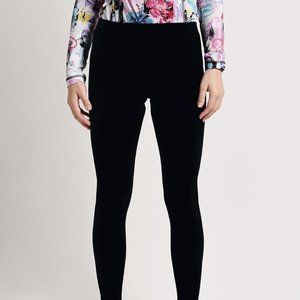 SnoSkins Velvet leggings